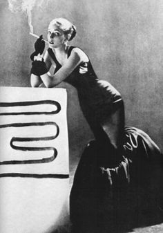 Model wearing a tulip dress by Charles James, c.1950s.Photo by Richard Avedon.