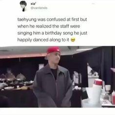 Kim Taehyung Funny, Bts Taehyung, Bts Emoji, Bts Qoutes, Best Funny Videos, Bts Playlist, Bts Korea, Bts Group, Dumpling