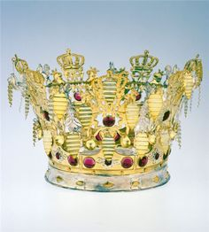 Norwegian brudekrone (bridal crown) 1854 Royal Jewels, Crown Jewels, Scandinavian Wedding, Frozen Wedding, Norwegian Wedding, Rusalka, Stavanger, Family Jewels, Bridal Crown