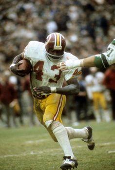 Running back Larry Brown of the Washington Redskins 1972