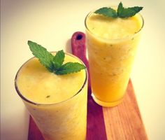 Delicious and simple, #Pineapple Mule #cocktail recipe -- perfect for your summer #wedding or bridal shower!
