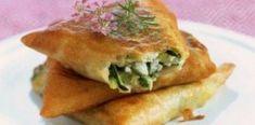 Τηγανητές λαχανόπιτες νηστήσιμες Vegan Vegetarian, Vegetarian Recipes, Snack Recipes, I Love Food, Good Food, Yummy Food, Feta, Bread And Pastries, Arabic Food