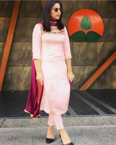 Punjabi Suits Party Wear, Punjabi Salwar Suits, Summer Wear, Summer Girls, Beautiful Suit, Photo Poses, Clothes For Women, Clothing, How To Wear
