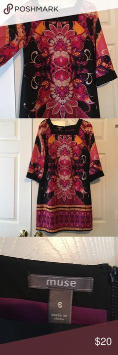 Muse dress size 6 Beautiful Muse dress. Combination of pinks, purple, Grey and orange. 100% polyester. Lined Muse Dresses Midi
