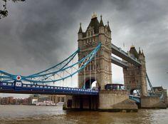 Tower Bridge (Tower Bridge) - Londres, Reino Unido (London, UK) - iPhone 4S & HDR Pro Copyright © Juan Hernandez Orea