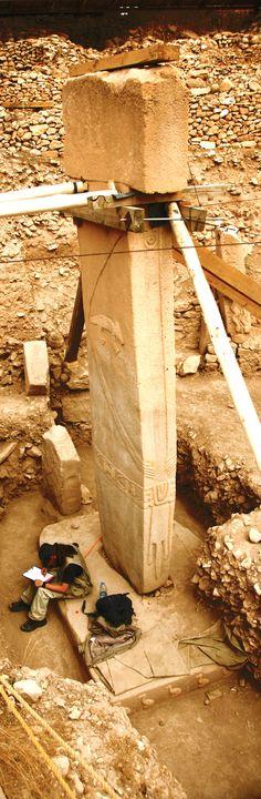 Göbekli Tepe- Urfa, Turkey, 9600 BC (11.600 years ago)  The megaliths here predate Stonehenge by 6,000 years. Photo: Erdinç Bakla, 2012.