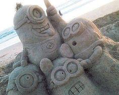 MINIONS Minion Despicable Me Sand Castle Sculpture