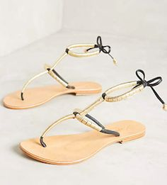 Love the simple summer flats!