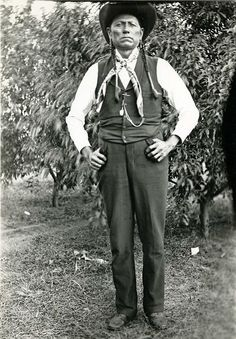 Chief Quanah Parker, famous half-white, half Comanche Indian, visit to the Matador Ranch, Texas. 1910  Photos Erwin E. Smith Collection, Amon Carter  Museium Fort Worth Texas
