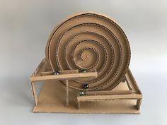 How to make spiral Marble Machine - cardboard toy - Ideas for children , Cardboard Crafts, Wood Crafts, Diy And Crafts, Crafts For Kids, Cardboard Playhouse, Cardboard Furniture, Marble Machine, Kinetic Toys, Kinetic Art