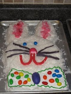 How to make an Easter Bunny cake!  Cute & easy!