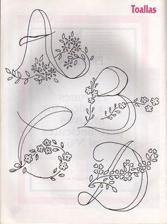 ♥♥ღPatrícia Sallum-Brasil-BH♥♥ღ Moldes Para Artesanato em Tecido: Alfabetos para Bordar