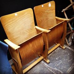 Today we have some #vintage cinema seats up for grabs! The things you could do with these! #vintagefair #leedsdoesvintage #leedscornexchange #britaindoesvintage #bdvoutandabout