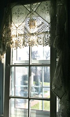 DIY: A Different Type of Window Treatment Tutorial ( she used 2 for four dollar salvaged windows as part of this tutorial.the result is amazing!) The salvaged windows cover up ordinary modern windows - really clever! Lace Valances, Lace Curtains, Roman Curtains, Vintage Curtains, White Curtains, Window Curtains, Shower Curtains, Drapery, Sewing Curtains
