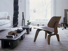 Sedia in laminato LCW Collezione Plywood Group by Vitra | design Charles & Ray Eames