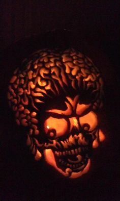 mars attacks carved pumpkin -- would be a great diy if you had time and patience and a really sharp knife