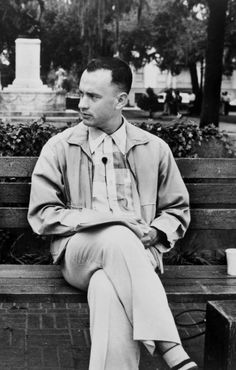 Forrest Gump on his bench in downtown Savannah