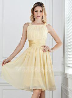 A-Line/Princess Scoop Neck Knee-Length Chiffon Charmeuse Bridesmaid Dress With Ruffle (007004142)