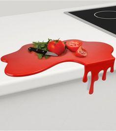 Cette planche à découper Splash fun et solide, vous permettra de découper et trancher vos aliments pour préparer de délicieux repas !