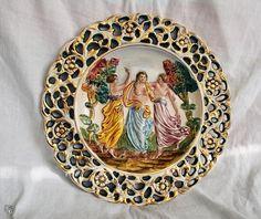 Vintage Capodimonte majolikalautanen Fleas, Decorative Plates, Retro, Vintage, Home Decor, Eggs, Decoration Home, Room Decor, Vintage Comics