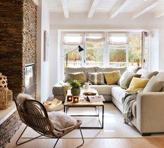 """2,726 Me gusta, 16 comentarios - El Mueble (@el_mueble) en Instagram: """"Perfilería de la ventana del mismo color que la pared, estores que dejan pasar la luz, un sofá…"""""""
