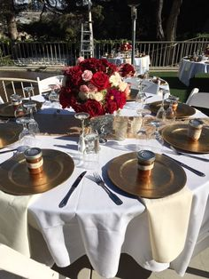 Fall wedding @kellogghouse #kellogghouse #wedding #weddingreception #weddingvenue #venue #outdoorvenue #gold #catering #fall #fallwedding