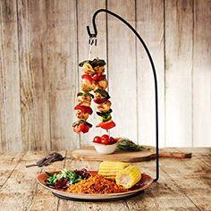 served spaghetti at wedding reception Kebab Skewers, Kabobs, Menu Restaurant, Restaurant Recipes, Bbq Catering, Sushi Plate, Kebab Recipes, Bbq Party, Food Plating