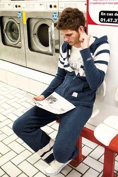 外ではオシャレでも、部屋着には無頓着な男性が多いのでは?ちょっと洒落たルームウェアを着るだけで、男前...