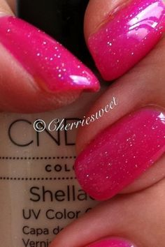 CND Shellac layering Mother Of Pearl over Tutti Frutti by Cherriesweet, via… Cnd Shellac Colors, Shellac Nail Polish, Shellac Nails, Manicure And Pedicure, Fabulous Nails, Gorgeous Nails, Love Nails, Hey Gorgeous, Shellac Layering