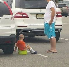 Parenting Archives - Page 6 of 61 - People Of Walmart Walmart Funny, Go To Walmart, Only At Walmart, People Of Walmart, Walmart Pictures, Meme Pictures, Crazy Pictures, Crazy People, Funny People