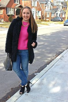FAUX FUR COAT + PINK WOVEN SWEATER // Black Faux Fur Coat // Pink Woven Sweater // Skinny Jeans // Open Toe Heels // Kate Spade Black Tote // Gold Chain   On Pearls and Polkadots...