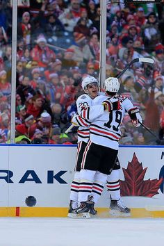 de8bf088ccd7 Blackhawks - 01 01 2015 - Chicago Blackhawks - Photos. Nhl GamesHockey ...
