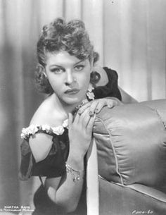 Martha Raye AKA Margaret Teresa Yvonne Reed    Born: 27-Aug-1916  Birthplace: Butte, MT  Died: 19-Oct-1994  Location of death: Los Angeles, CA [1]  Cause of death: Pneumonia