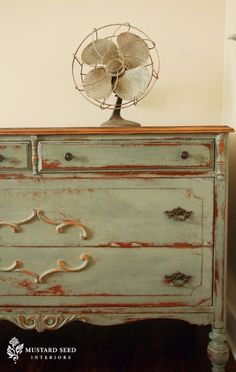 Love this one too! My furniture better watch out once I get a hold of some of this Annie Sloan chalk paint!