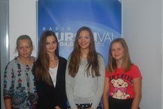 V Mali radio sta Nina in Urška povabili balerini Nušo Krajnčan in Rebeko Kerčmar iz Ljutomera, ki sta končali 8. razred osnovne šole Ivana Cankarja Ljutomer. Štiri klepetulje, ki rade poslušajo tudi dobro glasbo. Prisluhnite jim!