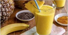 Turmeric smoothie recipe--has several health benefits. Here is a delicious turmeric smoothie recipe that includes the goodness of turmeric and fruits. Smoothie Curcuma, Turmeric Smoothie, Juice Smoothie, Turmeric Detox, Turmeric Drink, Turmeric Water, Fresh Turmeric, Smoothie Mix, Ground Turmeric