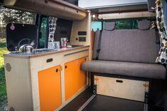 Floor tracks for R&R beds make your campervan more versatile - read how to get more space, without getting less safe! Van Conversion Campervan, Van Conversion Layout, Van Conversion Interior, Vw Transporter Camper, T5 Camper, Mini Camper, Land Rover Defender, Rock And Roll Bed, Rock Roll