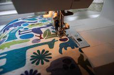 Mama Stellato: Simple Baby Blanket Tutorial