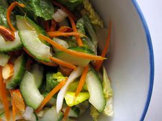 Get out of your salad rut. Easy salad ideas so lunch doesn't have to be so boring. #readymade
