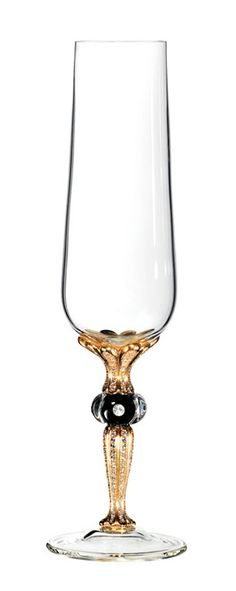 The Imperial Glass is the most expensive Champagne glass in the world. The stem of the glass is exquisitely handmade of 180g gold with extreme care by the company Tauerngold. ♥✤ | Keep Smiling | BeStayBeautiful