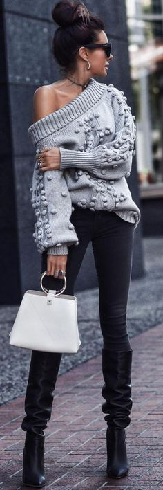 b1ca2fef30c4c 20 What To Wear With Blue Jeans Womens  streetstyle  jeans  outfitideas   bluejeans