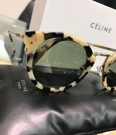 Envy Ótica · Céline 40011U ✨ A nova coleção da grife já está disponível na  nossa loja do Shopping 3245a7ad56