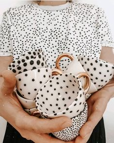 Image in DOTS ❤✔ collection by caffee_paradise Ceramic Cups, Ceramic Pottery, Ceramic Art, Slab Pottery, Keramik Design, Gold Tips, Cute Mugs, Home Deco, Home Accessories