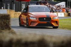 Making its global dynamic debut at the Goodwood Festival of Speed, the new Jaguar XE SV Project 8 has picked up the coveted Michelin Supercar Paddock Showstopper Trophy. New Jaguar, Jaguar Xe, Audi A4, 3 Bmw, Goodwood Fos, Goodwood Festival Of Speed, Cars Uk, Latest Cars, Car Photos