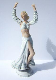 Vintage Art Deco Porcelain Exotic Flamenco Dancer Figurine Schaubach Kunst #ArtDeco #SchaubahKunst