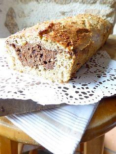 Comment remplacer les tartines au petit déjeuner sans gluten ? Testez le bread cake, à mi-chemin entre le pain et le gâteau...