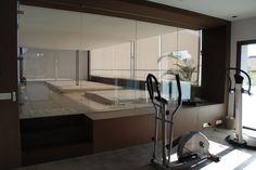 Испания - Продается современный дом в стиле Хай-Тек в Кастельдефельс  Дом 2013 года постройки, площадью 570 м2, находится рядом с морем в самой престижной зоне Castelldefels Playa, на ухоженном участке (более 1000 м2) с бассейном с соленой водой. Цена: 3 980 000 евро #элитнаянедвижимость #RealEstate #luxuryproperty #КостаБрава #Barcelona #зарубежнаянедвижимость #property #CostaBrava #luxuryinteriors #premium #style #elegance #comfort