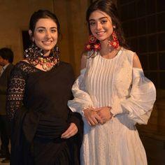 Pakistani Models, Pakistani Actress, Pakistani Outfits, Beauty P, Beauty Girls, Hijabi Girl, Celebs, Celebrities, Looking Gorgeous