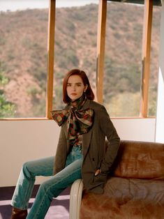 Zoey Deutch grew up on movie sets and Hollywood is in her blood, yet actor Zoey Deutch has always gravitated towards kooky career choices like Netflix's The Politician and Zombieland: Double Tap. Read the exclusive interview with Zoey Deutch now. Tony Award, Los Angeles County, Emma Stone, Balenciaga, Netflix, Zoey Deutch, All Jeans, Valley Girls, Hollywood