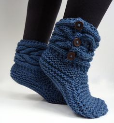 Women's knit slippersindoor knit slippers hand knit blue slipper socks indoor by AlkistiKnits